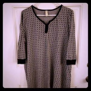 Gray & Black nightshirt.